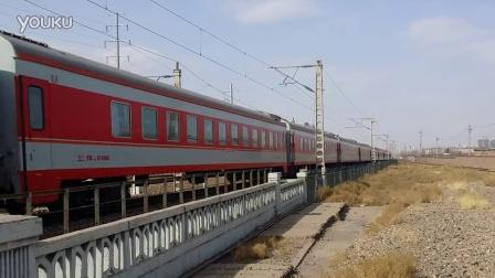 乌海站:HXD3D牵引天津~乌海西1133
