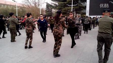 158-广场舞《水兵舞》 北京陶然亭公园  艺城舞蹈 (2015-03-18)