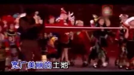 15陈亚楠歌唱祖国