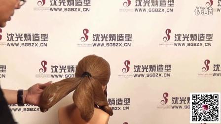 复古手推波纹发型 2015时尚流行发网新娘盘发