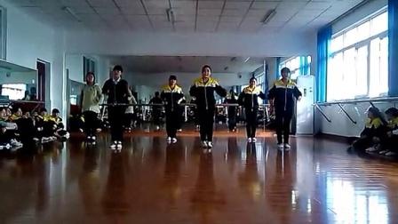 周老师小舞蹈_13幼4两只老虎