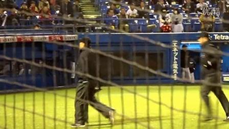 山田哲人、ビデオ判定も完璧な満塁ホームランで試合を決める
