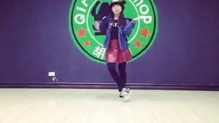 海城胡图图女子街舞图图老师韩国可爱舞蹈