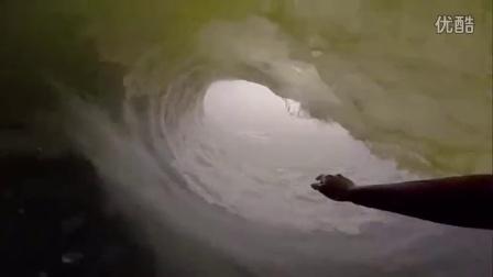 极限运动-一次冲浪滑行最远的距离 阳光沙滩海浪美不胜收!