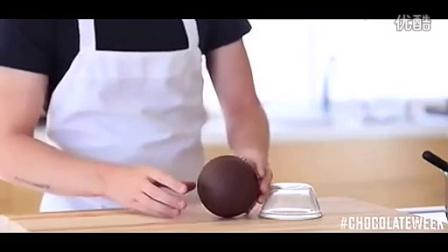 制造惊喜新技能get√!制作球形巧克力包住冰激凌