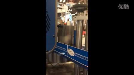 易码-激光喷码机美国展会应用现场视频