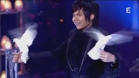 变鸽子的魔术表演