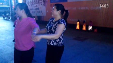 香江集团广场舞……杨先,荣华,