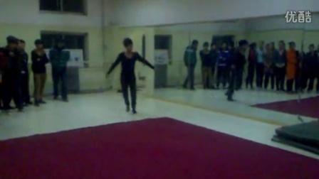 山西高考舞蹈培训第一品牌舒曼舞蹈2011年舒曼舞蹈学生基本功技巧