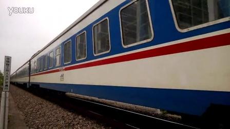 金温铁路最后的东风4B内燃机车