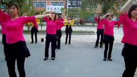 吉林省磐石市呼兰镇社区广场舞最炫小苹果