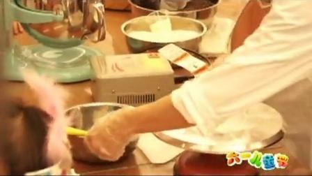 缤纷六一 中兴通讯蛋糕DIY活动大小盆友乐翻天——韶红视频工作室