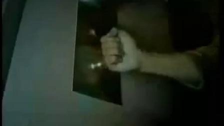 【泰国眼科广告】:抢银行的劫匪误入精子银行,高能剧情不忍直视啊