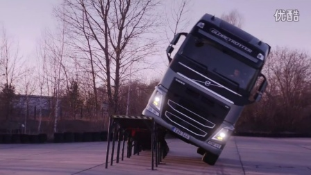 Volvo Trucks - The After Show׃ 'Two Wheel Stunt' (Reality Road)