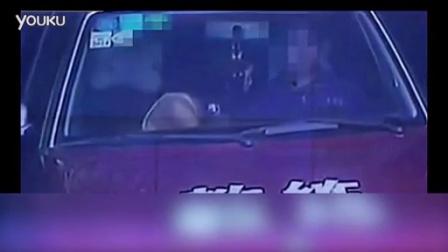 教练与学员玩车震,不要脸的女人,学个车还要这样?_高清