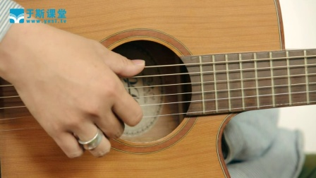 青少年轻松学吉他《初学吉他》
