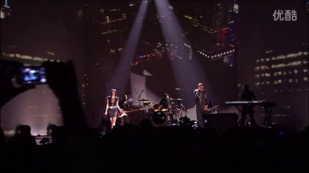 JAY-Z & Bridget Kelly - Empire State Of Mind (Live 2009)