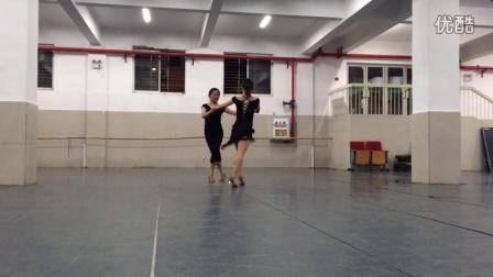 武汉音乐学院选修课女子双人舞牛仔组合 合...