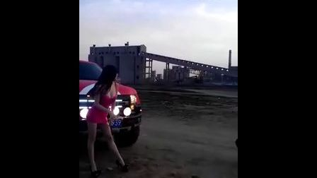改联网2012型车魅影拍摄现场!刚小希与猛禽