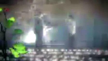 《香樟树》片头曲 于霞演唱