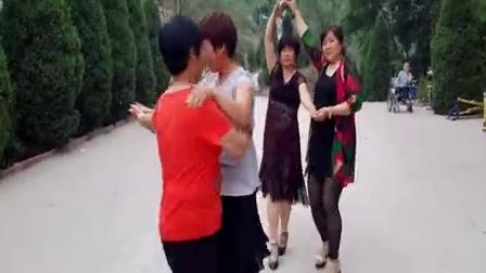曲阳县党城乡寨地村老年广场舞之四