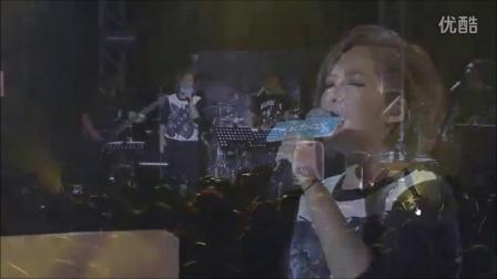 【官方视频】卫兰 Janice - 积雪 + 你的女人 @ 陈咏谦 KKBOX Live 音乐会