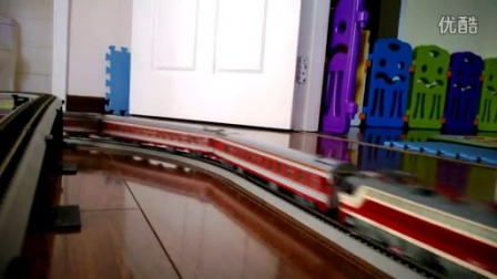 SS7C牵引客车通过