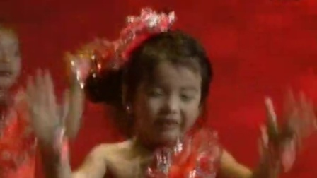大庆银屏少儿艺术团视频资料之2015《七彩阳光》第十三届大庆青少年艺术比赛颁奖晚会039、主持人+《水果拳》指导老师:罗  娜