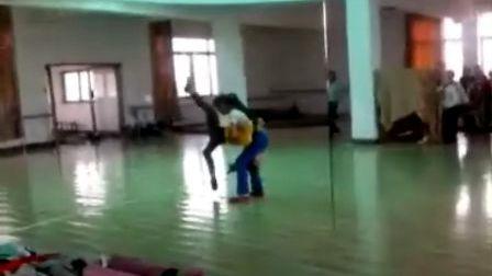 台州市椒江区人民路小学舞蹈《猫鼠之夜》排练
