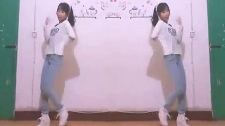 性感长腿牛仔美女热舞