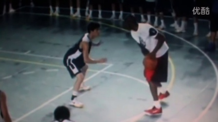 Kobe Bryant shows off his amazing 1-on-1 skills - SICK MOVES (Shanghai 2014)