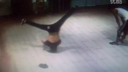 周口师范学院街舞 BBOY乐橙 X-soul 头转接速转 绚舞灵魂街舞培训机构 太康红舞坊舞蹈学校  AND嘻哈学院
