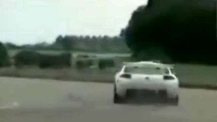 旋风超跑TVR挑战速度极限