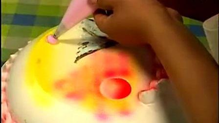 生日蛋糕裱花制作_生日蛋糕裱花教程_自制生日蛋糕_做寿生日蛋糕做法视频8