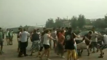 深泽县隆基泰和广场天奕黑社会集团三四十名打手殴打无助讨薪员工