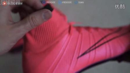 C罗专属战靴 耐克刺客Superfly足球鞋拆箱视频[足球视界]