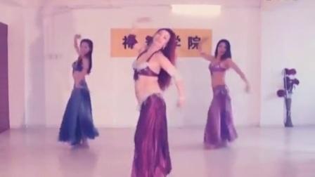 柔美肚皮舞跳出女人S型身材