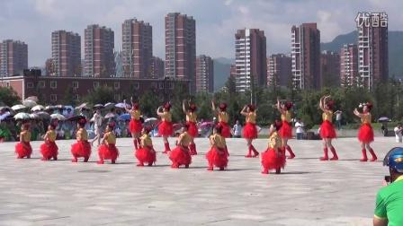 本溪县广场舞大赛草河口镇云盘村代表队演出