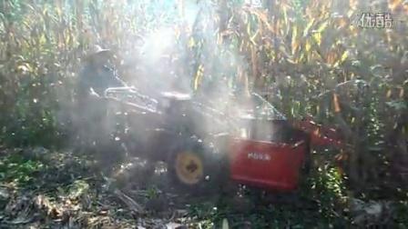 小型手扶玉米收割机(单行)演示视频