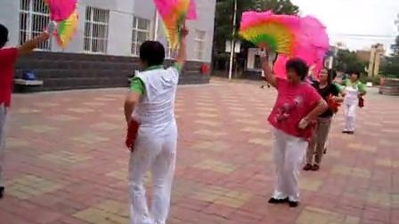 沧州华油社区夕阳红秧歌队