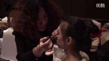 2013化妆学校排名最好的-于哲化妆学校为《中国模特盛典》做造型_标清