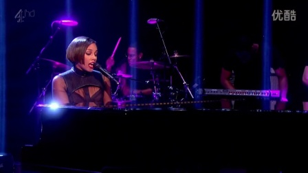 Alicia Keys - New Day (Alan Carr 2012)