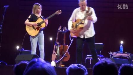 小美女和汤米大叔Tommy Emmanuel 弹吉他