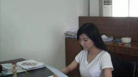 """丰顺电视台的美女记者教你三妙招防""""空调病"""""""