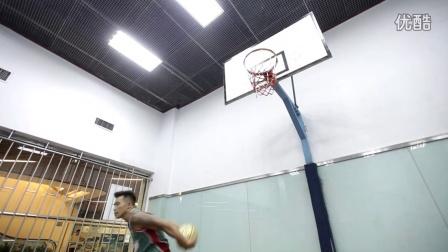 这样也能进!花式篮球碉堡创意投篮