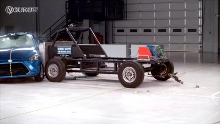2016款Scion iA 美国IIHS侧面碰撞测试