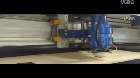 1530D金属非金属激光切割机视频展示,激光机雕刻杯子,激光切割,济南激光机厂家,二氧化碳激光机,光纤激光切割机,大理石激光机,玻璃激光机,亚克力激光雕刻机