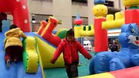大型充气城堡霞光儿童充气城堡经营很安全视频