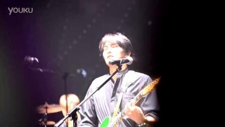 孤独的人【20151002CNBLUE COME TOGETHER上海演唱会】