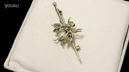 """1.28克拉鑽石,珍珠及石榴石,15克拉黃金""""大黃蜂""""胸針 - 仿古協卡1880 - A5878"""